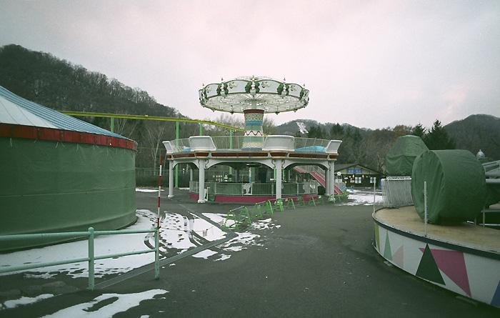 寒い遊園地